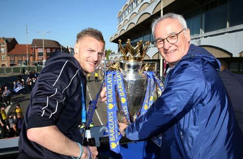 Leicester City rước cúp: Bữa đại tiệc lịch sử - 4