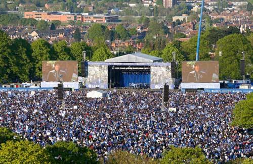 Leicester City rước cúp: Bữa đại tiệc lịch sử - 12