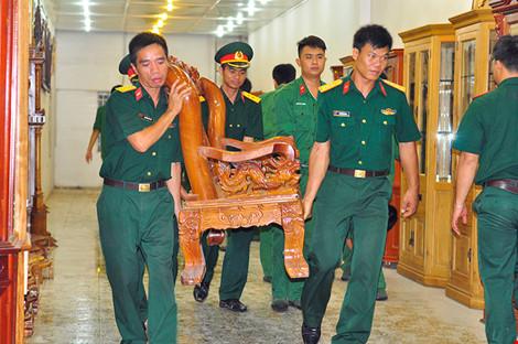 Hàng trăm chiến sĩ phong tỏa ngôi nhà sập ở Đồng Nai - 3