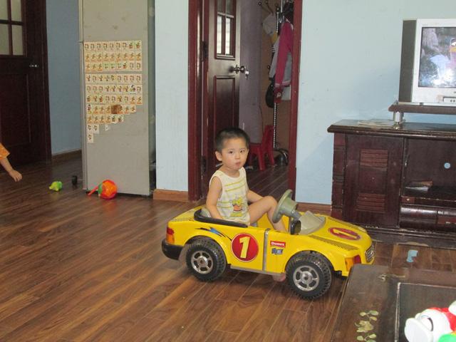 Sinh con bang tinh trung chong da mat - 2