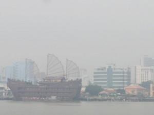 Tin tức trong ngày - Sau những cơn mưa, Sài Gòn mờ ảo như Đà Lạt