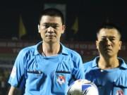 Bóng đá - Trọng tài Hà Anh Chiến ít cơ hội trở lại V-League