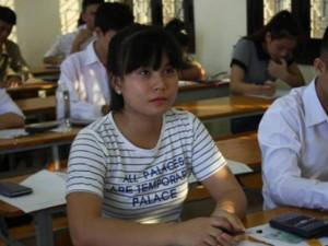 Thi tốt nghiệp THPT Quốc gia: Thí sinh Hà Nội nộp lệ phí ở đâu?