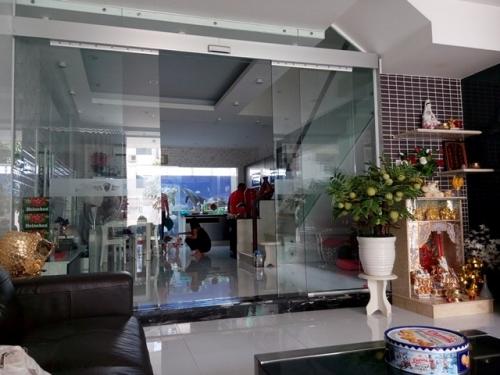 Hé lộ không gian bên trong ngôi nhà của Hoài Linh, Trấn Thành - 3