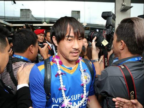Tân vương Leicester được đón như người hùng ở Thái Lan - 8
