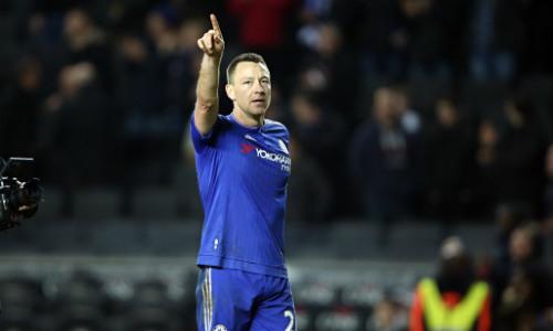 Tin HOT tối 18/5: Terry ký hợp đồng 1 năm với Chelsea - 1