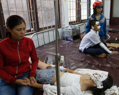 Tin mới vụ nổ bình gas khiến 5 học sinh nhập viện - 1