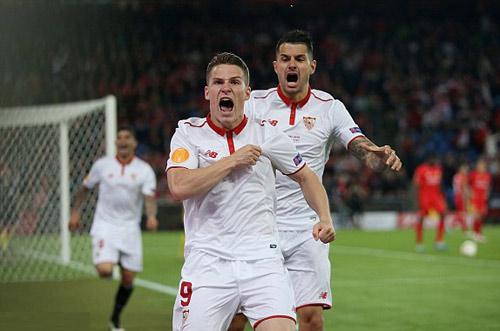 Chùm ảnh Liverpool - Sevilla: Khắc tên vào lịch sử - 4