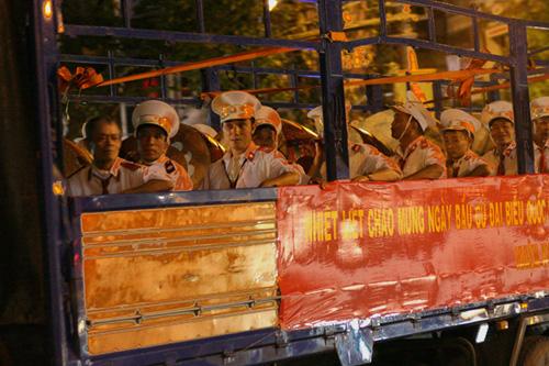 """Dàn mô tô """"khủng"""" diễu hành cổ động ngày bầu cử - 4"""