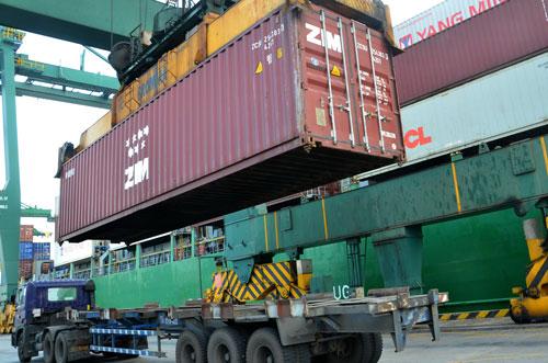 """Logistics - nước ngoài """"ăn"""" hết! - 1"""