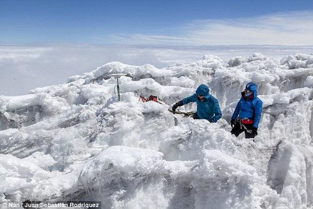Phát hiện ngọn núi cao hơn cả đỉnh Everest - 3