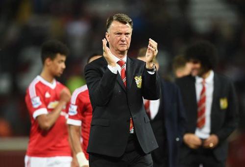 MU: Van Gaal khoái ẵm FA Cup hơn vào tốp 4 - 1