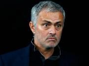 Bóng đá - Đội bóng của Persie bất ngờ chồng tiền mời Mourinho