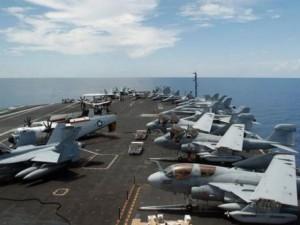 Chiến đấu cơ TQ chặn máy bay Mỹ trên Biển Đông