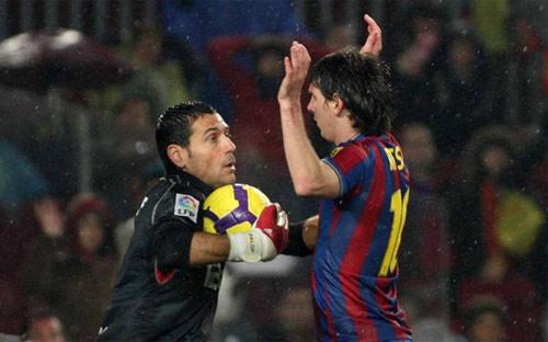 Cúp nhà Vua: Gặp Messi, Sevilla xác định thủng lưới - 1
