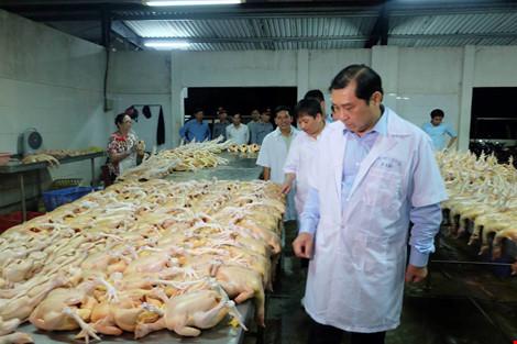 Chủ tịch Đà Nẵng kiểm tra an toàn thực phẩm lúc 1h sáng - 1