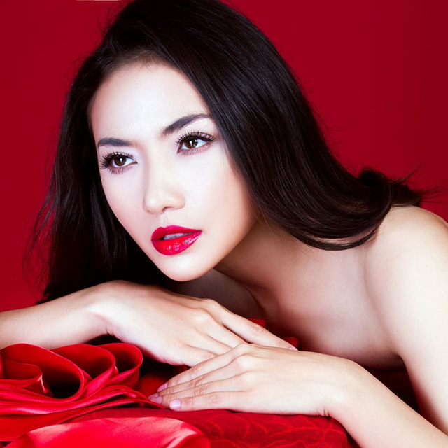 Tinna Tinh va Charlie Nguyen - 1