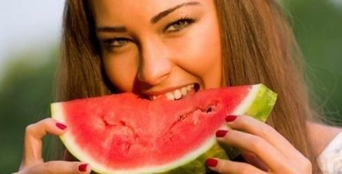 Những người không nên ăn dưa hấu - 2