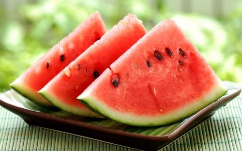 Bệnh không nên ăn dưa hấu - 1