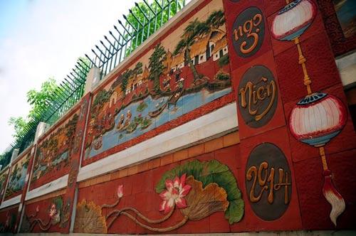 HN: Sợ quảng cáo rao vặt, cả ngõ góp tiền làm tường gốm - 3