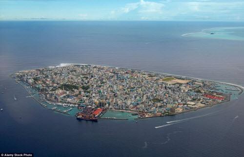 Những hòn đảo đông đúc nhất thế giới - 1