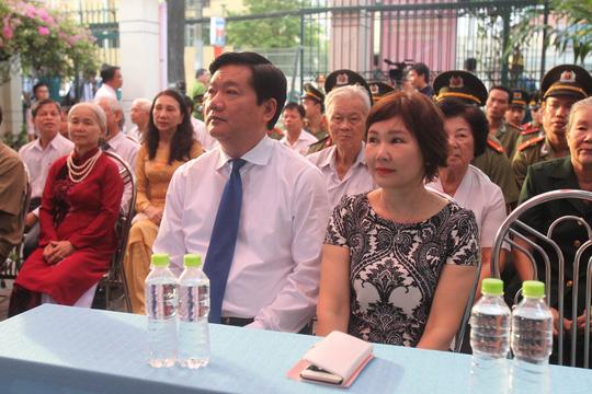 TP HCM: Bí thư Đinh La Thăng đi bầu cử từ sáng sớm - 3