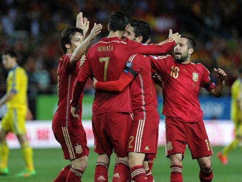 VCK Euro 2016: Đương kim vô địch không hoàn hảo - 1