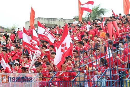 Fan Hải Phòng tạo không khí cuồng nhiệt ở Thanh Hóa - 4