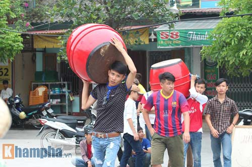 Fan Hải Phòng tạo không khí cuồng nhiệt ở Thanh Hóa - 2