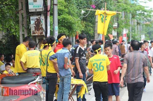 Fan Hải Phòng tạo không khí cuồng nhiệt ở Thanh Hóa - 3