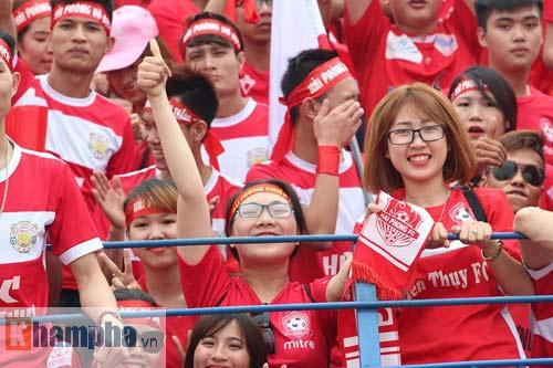 Fan Hải Phòng tạo không khí cuồng nhiệt ở Thanh Hóa - 5