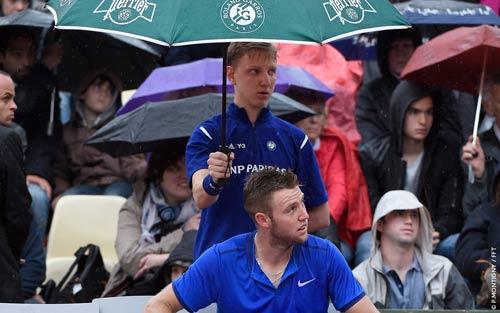 Roland Garros ngày 1: Kyrgios khởi đầu vất vả, hoãn trận Nishikori - 3