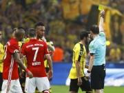 Bóng đá - Ribery chọc mắt đối thủ, nạn nhân bị… thẻ vàng