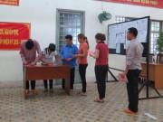 Tin tức trong ngày - 2.000 can phạm trại Chí Hòa xúc động đi bầu cử