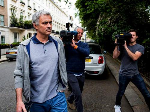 MU: Mourinho ký HĐ 5 năm, được cấp 200 triệu bảng - 1