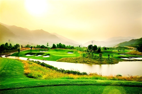 Trải nghiệm thượng lưu với ưu đãi đặc biệt tại Ba Na Hills Golf Club - 1