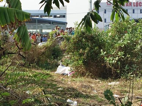 Kinh hoàng phát hiện thi thể trong bao tải gần chung cư - 1