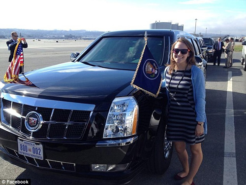 Tài xế lái Cadillac One hộ tống ông Obama là một cô gái - 2