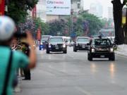 """Tin tức trong ngày - Ngắm những chiếc """"quái thú"""" chở TT Obama trên phố HN"""