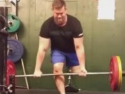 Thể thao - Siêu ấn tượng: Còn 1 chân vẫn nâng tạ 100kg