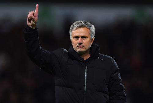 Mourinho sắp tới MU: Hội chứng 3 năm và mớ hỗn độn - 1