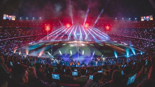Barca mở tiệc mừng đại công, Neymar nói hạnh phúc - 1
