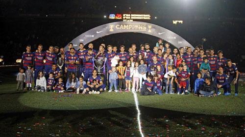Barca mở tiệc mừng đại công, Neymar nói hạnh phúc - 10