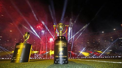 Barca mở tiệc mừng đại công, Neymar nói hạnh phúc - 4