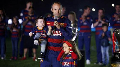 Barca mở tiệc mừng đại công, Neymar nói hạnh phúc - 8