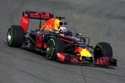 """F1 2016: Thêm """"kẻ ngáng đường"""" khó chịu - 3"""