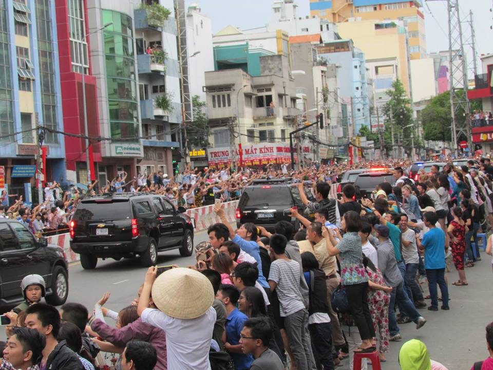 Trực tiếp Obama đến Việt Nam - 8