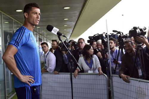 Ronaldo trấn an CĐV, nói Real mạnh hơn hẳn Atletico - 2