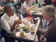 """Tin tức trong ngày - Chủ quán bún chả: """"Tay ông Obama rất ấm nóng và mềm"""""""