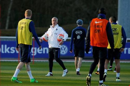 Deschamps nêu 'tinh thần Aime Jacquet' tại Euro 2016 - 1